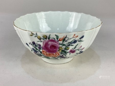 A 19th century Worcester porcelain bowl, of fluted form, with hand painted floral design, and