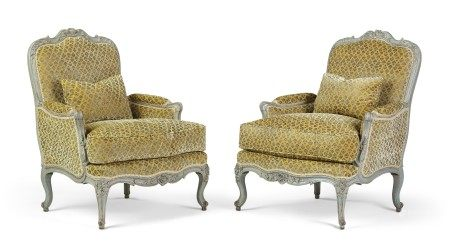 A PAIR OF LOUIS XV BLUE-PAINTED BERGERES