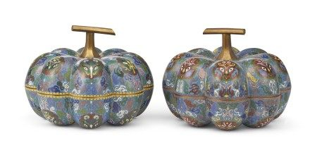 A PAIR OF CHINESE CLOISONNE ENAMEL GOURD-FORM BOXES AND COVERS