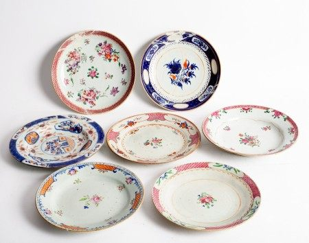 Seven Chinese export plates, various designs, approximately 22.