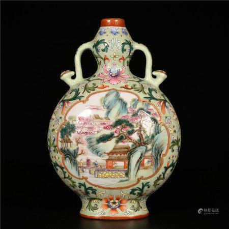 Qianlong of Qing Dynasty           Pastel bottle
