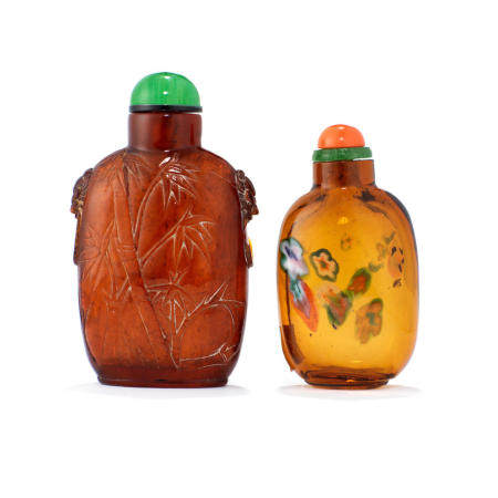 Two snuff bottles 19th century (2)