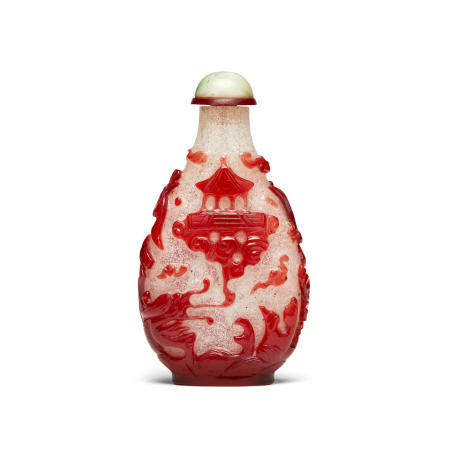 A fine red overlay 'snowflake' snuff bottle 1750-1850