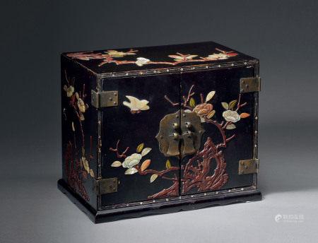 清 漆嵌多宝文房盒