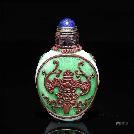 A RARE ENAMELED GLASS SNUFF BOTTLE