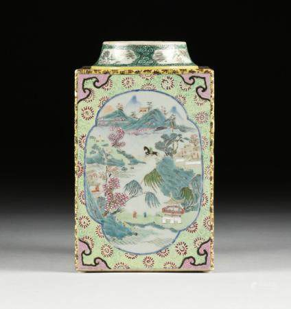 A CHINESE EXPORT FAMILLE ROSE SQUARE PORCELAIN JAR, 20TH CEN