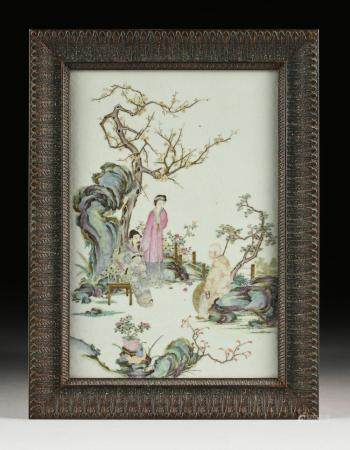 A CHINESE FAMILLE ROSE MING STYLE ENAMELED PORCELAIN PLAQUE,