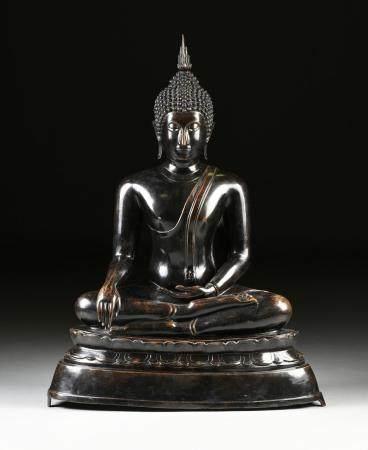 A SUKHOTAI STYLE PATINATED BRONZE FIGURE OF BUDDHA, THAILAND