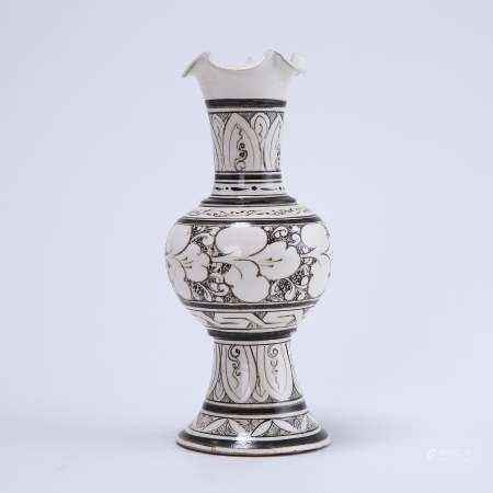 Cizhou kiln white ground black flower vase