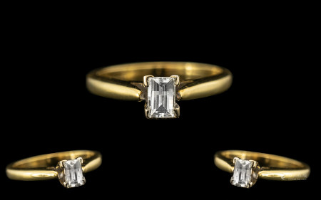 Ladies - Top Quality Millennial 2000 18ct Yellow Gold Single Stone Diamond Set Ring. Hallmark
