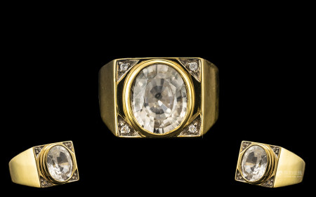 18ct Gold - Stunning Large and Impressive Rock Crystal Set Ring. Wonderful Shank and Setting.