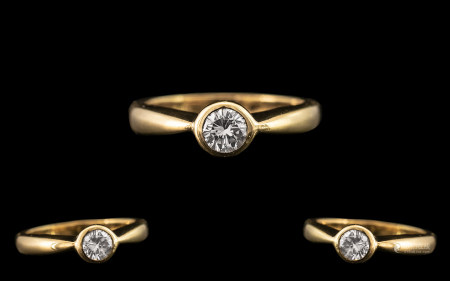 18ct Yellow Gold - Attractive Pave Set Single Stone Diamond Ring. Full Hallmark for London 1994. The