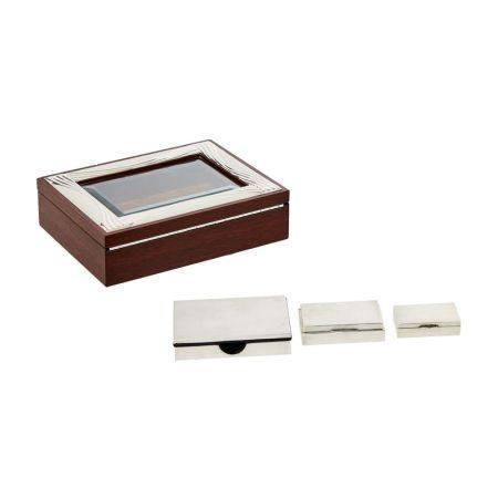Lote de caja joyero y tres cajas en plata mate y brillo con decoración de líneas [...]