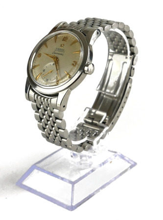 OMEGA, SEAMASTER, A VINTAGE STAINLESS STEEL GENT'S WRISTWATCH Circular dial with gilt number