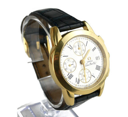 OMEGA, LOUIS BRANDT, AN 18CT GOLD GENT'S AUTOMATIC CHRONOGRAPH WRISTWATCH On black leather strap .