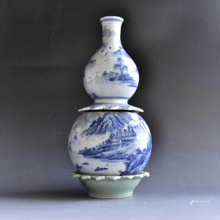 清 青花山水纹葫芦转心瓶