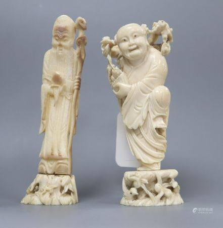 Two early 20th century Chinese ivory figures of Liu Hai and Shou Lao, tallest 14.5cmCONDITION: Sou