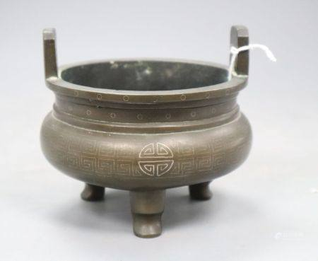 A 19th century Chinese silver inlaid bronze censer, height 10.5cm