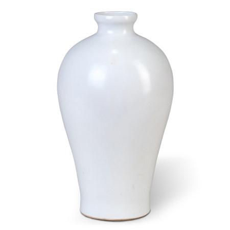 明永樂 卵白釉暗繪青花釉裡紅龍紋梅瓶