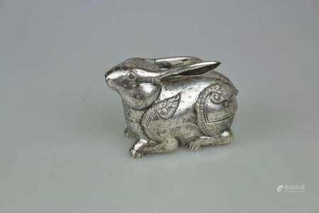 Kambodscha, Betheldose in Form eines Hasen, Silber (säuregeprüft), frühes 20. Jh., vollplastische