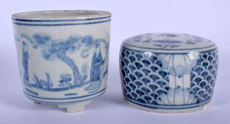 A CHINESE BLUE AND WHITE PORCELAIN CENSER 20th Century, together with another blue and white joss st