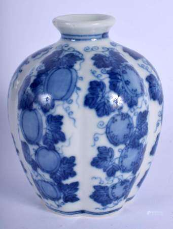 A LOVELY 19TH CENTURY CHINESE BLUE AND WHITE PORCELAIN VASE bearing Qianlong marks to base, of melon