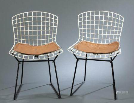 2 HARRY BERTOIA FOR KNOLL CHILDREN'S SIDE CHAIRS.