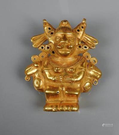 Scène complexe représentant une shaman en or bas titre dit Tumbaga 9,5 cm 115,40 gr Colombie ci