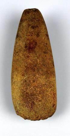 Hache polie de grande taille Roche verte 15 cm Préhistoire française Néolithique