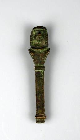 Pilier hermaique sommé d'une tête égyptienne Bronze 9,7 cm Période romaine probablement
