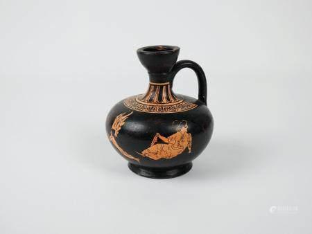 Vase à figures de style grec.H :12cm