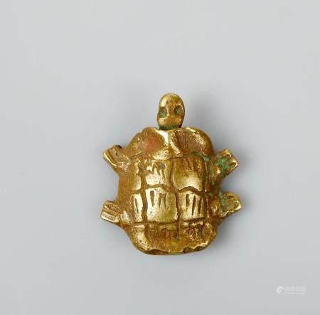 Poids en forme de tortue Bronze ou autre. L :2,5cm.