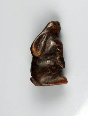 Animal en pierre dure (lièvre)