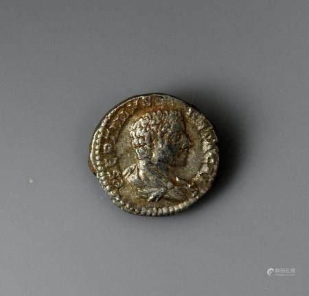 GETA Denier en argent à la légende P SEPTIMUS GETA CAES et PROVID DEORUM Monnaie romaine