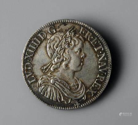 France Louis XIV 1/2 Ecu à la mèche courte 1645 A Très bel exemplaire
