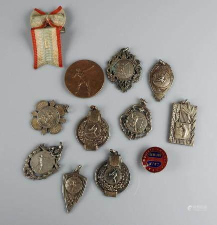 Ensemble de médailles sportives Xxème siècle