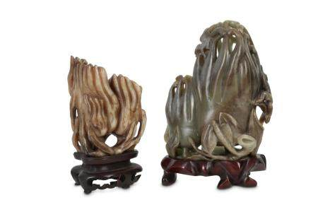 TWO CHINESE JADE 'FINGER CITRON' CARVINGS.