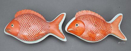 清 珊瑚紅魚珍蓋盒 一對