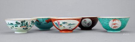 清中期 粉彩雜錦紋碗 一組五件