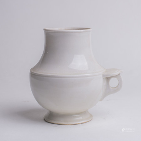 Chinese Dingyao Porcelain Vase with Ring Handle