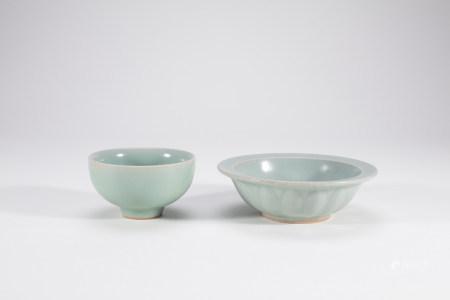 2 Chinese Longquan Celadon Porcelain Bowls