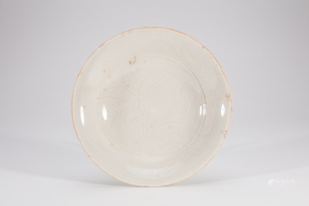 Chinese Dingyao Porcelain Lotus Bowl