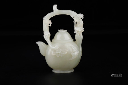 CHINESE CARVED HETIAN JADE POT