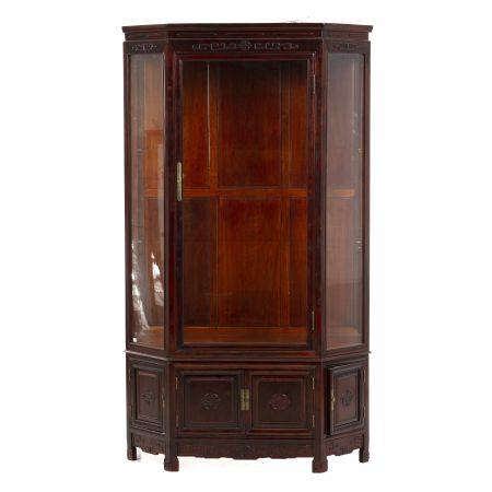 Chinese Hongmu showcase cabinet