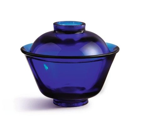 A SAPPHIRE-BLUE GLASS BOWL AND COVER, QING DYNASTY, 18TH / 19TH CENTURY
