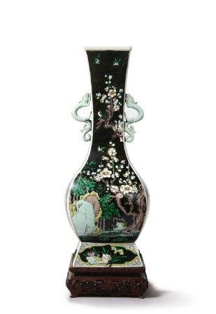 A FAMILLE-NOIRE 'FLORAL' FANGHU-FORM VASE, QING DYNASTY, 19TH CENTURY