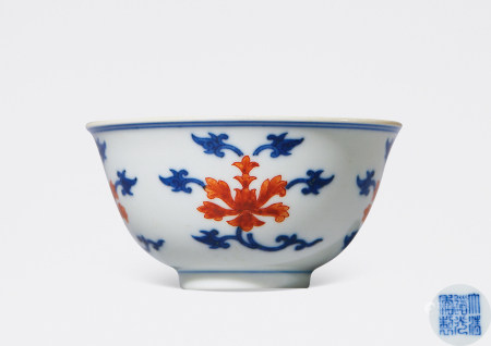 清 道光 青花矾红花卉纹杯