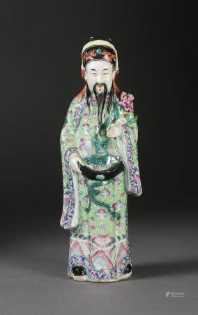 Chinese Famille Verte Figure of an Official, Late 19th/early 20th Century FR3SHLM