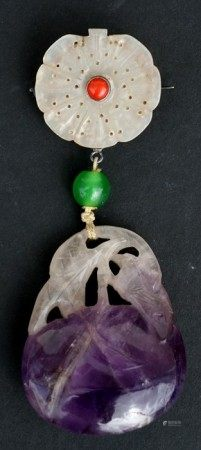 A Chinese jade flower brooch with carved amethyst peach drop, 9cms (3.5ins) high.Condition