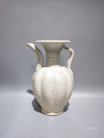 Chinese Northern Song Porcelain Pitcher